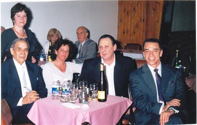 GERARDO PORTALEA, INES, CHICHÉ Y YO SALON AKARENSE