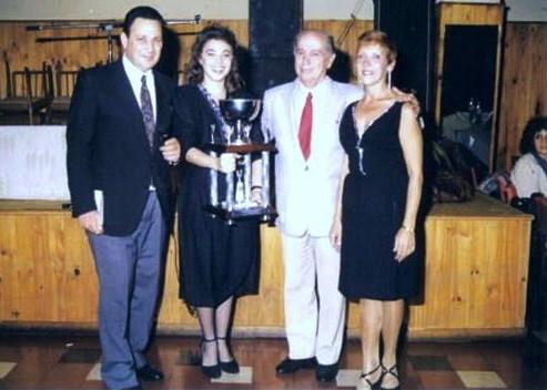 VANINA BILOUZ, MARTA ANTON, CACHO PISTOLA Y YO, PEÑA LA RONDA