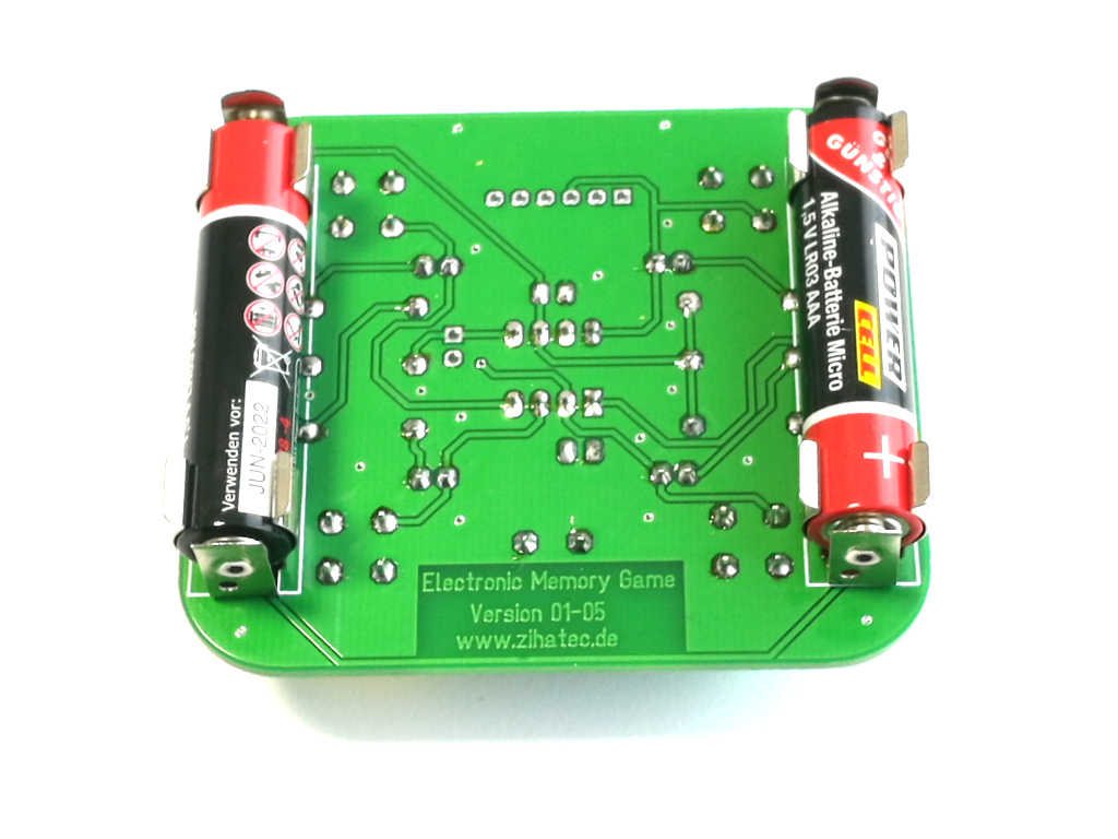pcb backside with 2x R3 (AAA) batteries