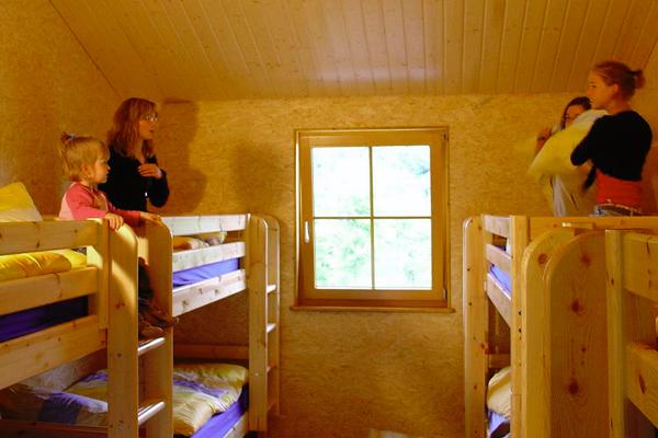 Blockhütte Campingplatz Feriencamp Kinderferien Kinderurlaub Sommerferien