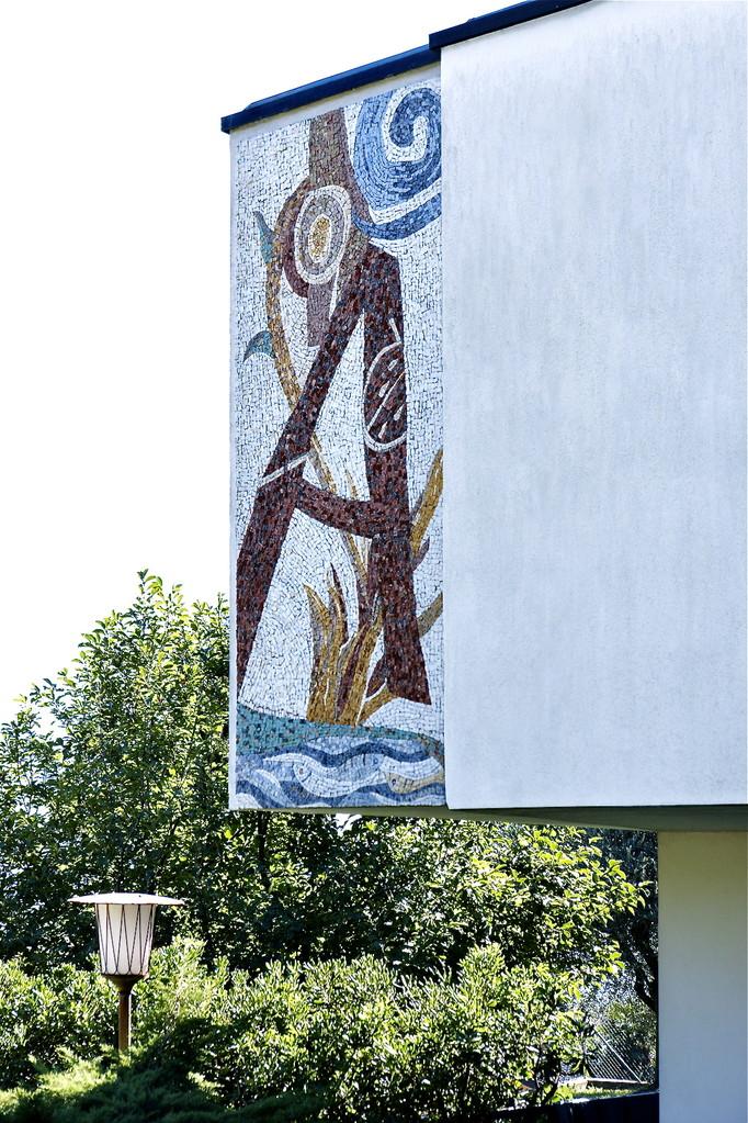 A, 2003, mosaico in pietre naturali, 100 x 300 cm, (Casa privata, Porza - CH)