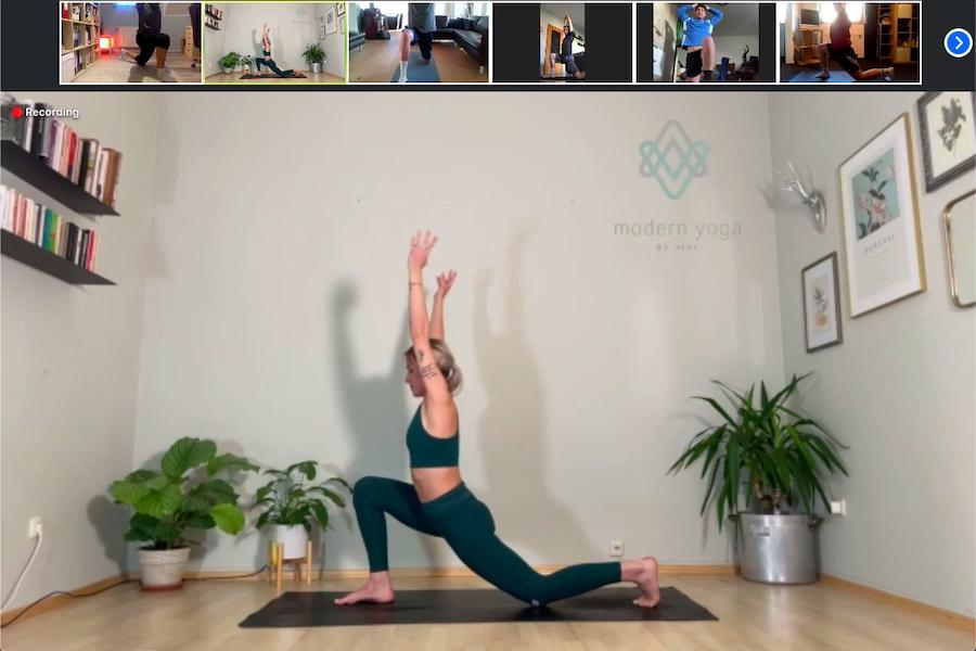 Yoga statt Jogi - FCW dank Viviane Menges im Yoga-Flow