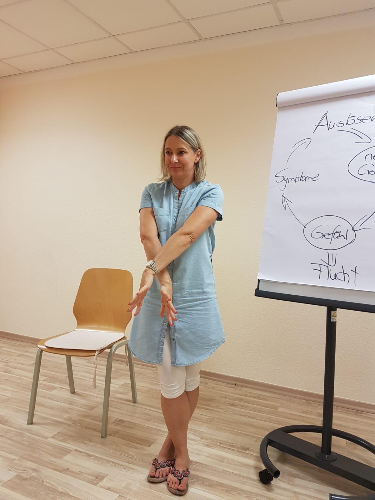 Brain Gym Übungen beim Vortrag Prüfungsangst