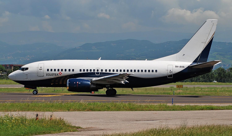 9H-AHA B737-505 24647/2143 Volotea Air  lsf Air X Charter
