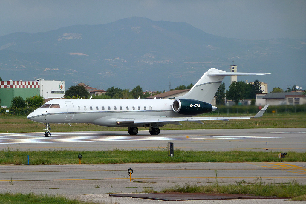 Untitled - Bombardier BD-700-1A10 Global Express -G-XXRS
