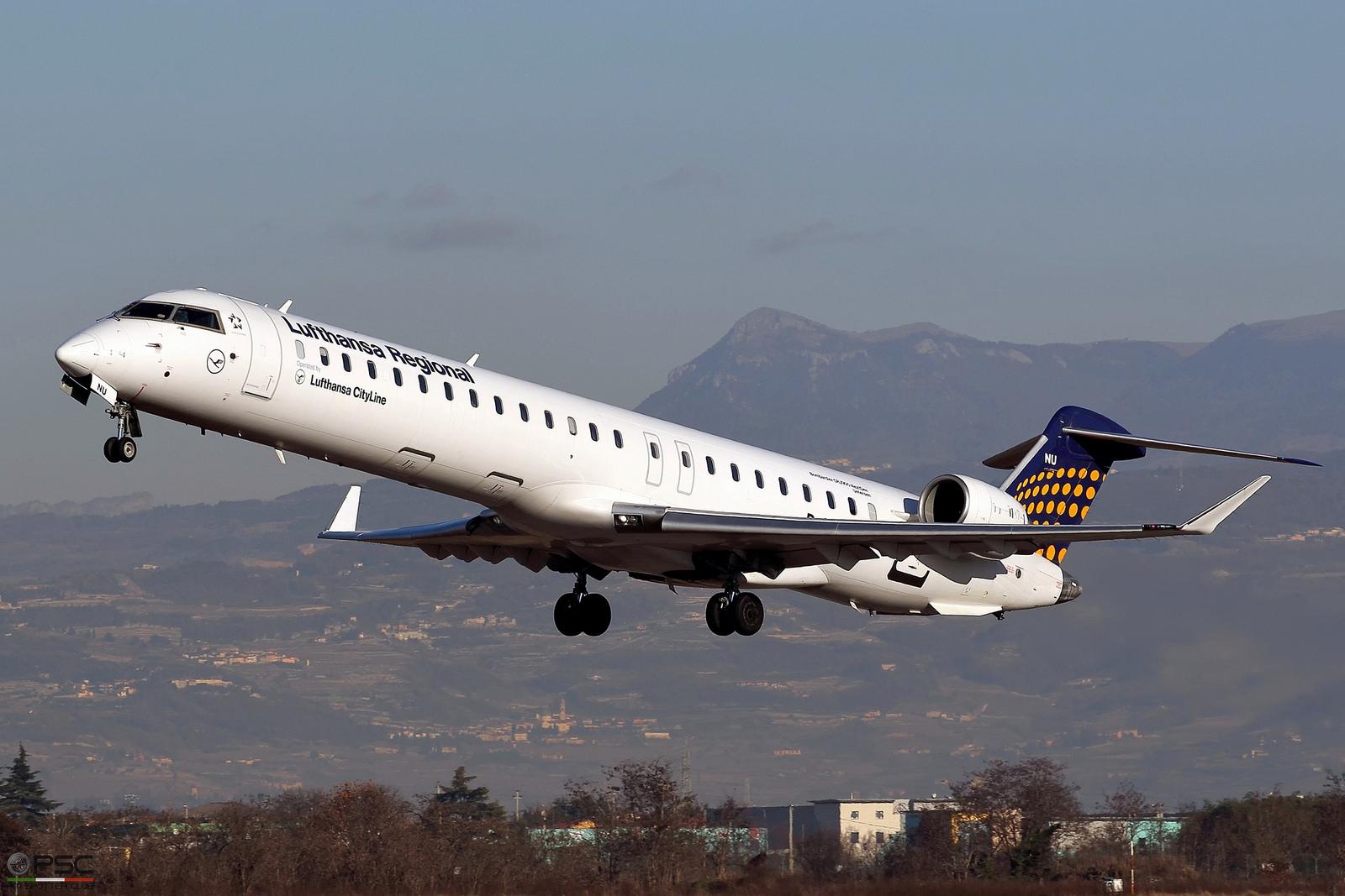 D-ACNU CRJ900LR 15267 Lufthansa CityLine @ Aeroporto di Verona - 07.01.2017  © Piti Spotter Club Verona
