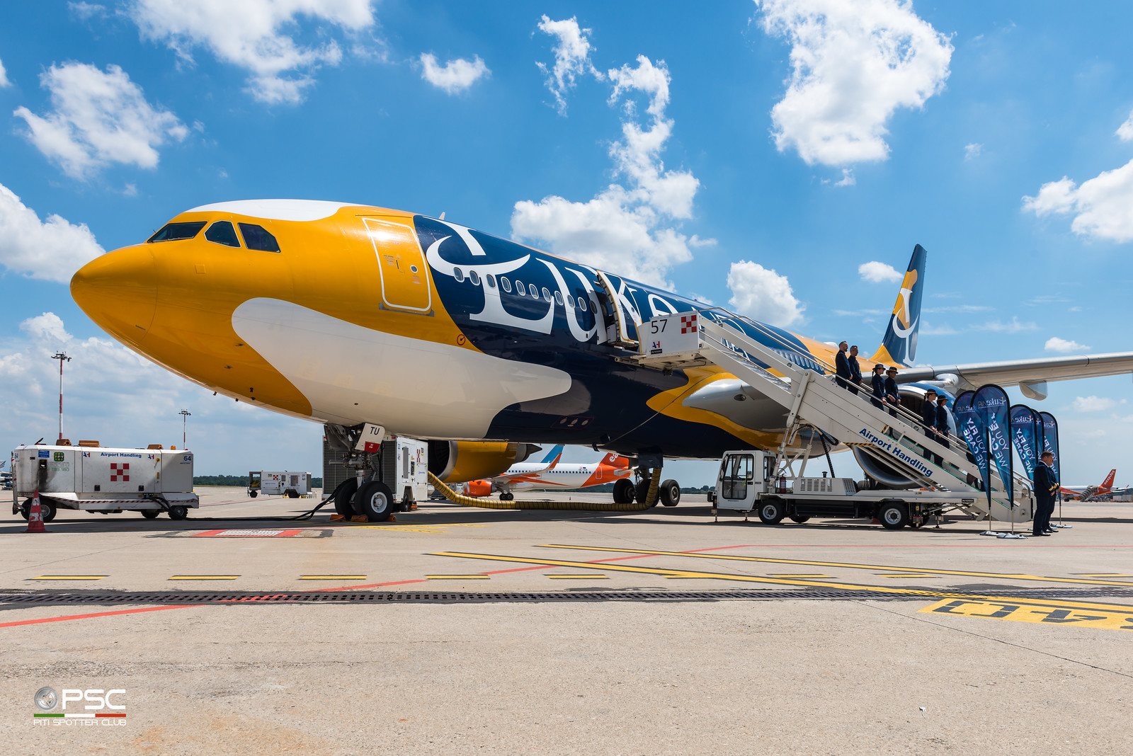 Luke Air (Blue Panorama) presenta il suo nuovo A330