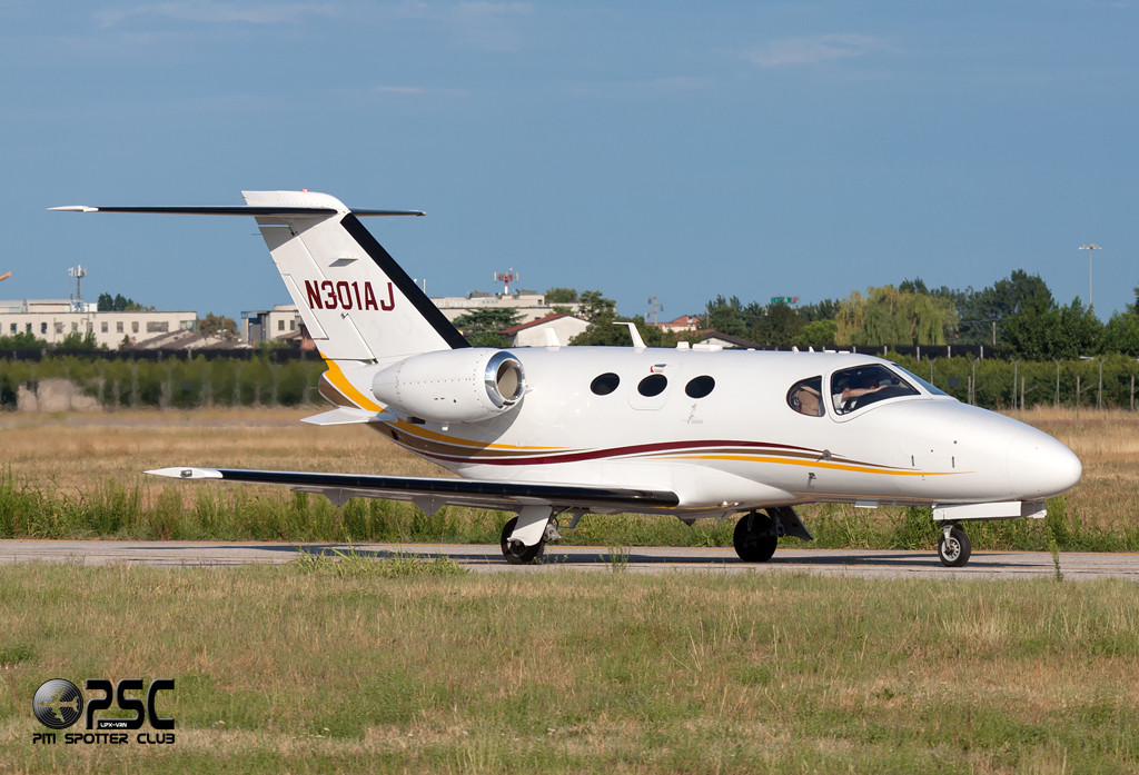 Private - Cessna 510 Citation Mustang - N301AJ - CN: 510-0233