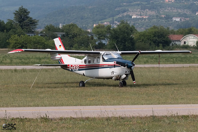 D-EKSF Cessna P210N Pressurized Centurion II @ Aeroporto Verona Boscomantico © Piti Spotter Club Verona