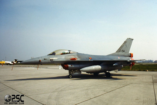 J-194   F-16AM  6D-101 @ Aeroporto di Verona   © Piti Spotter Club Verona