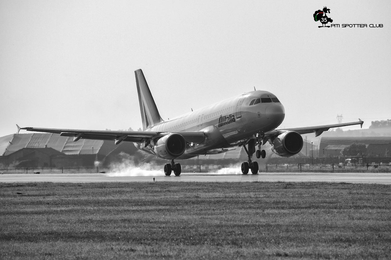 ITA Airways: il primo storico atterraggio a Verona