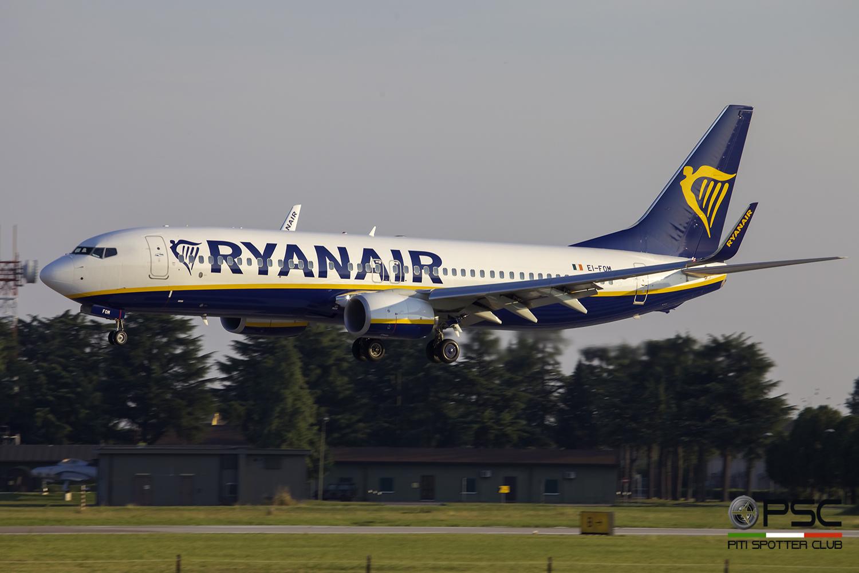 EI-FOM B737-8AS 44720/5784 Ryanair @ Aeroporto di Verona - 24/09/2016 © Piti Spotter Club Verona