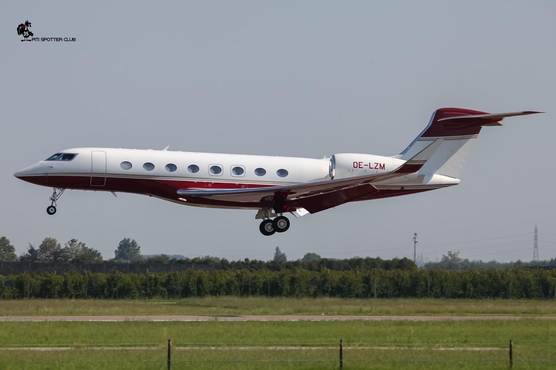 OE-LZM G650 6073 Avcon Jet Ag @ Aeroporto di Verona - 27/08/2016 © Piti Spotter Club Verona