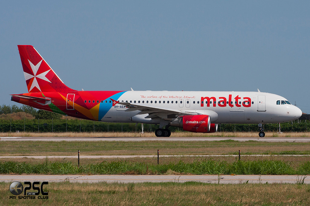 Airbus A320 - MSN 2291 - 9H-AEK  Airline Air Malta