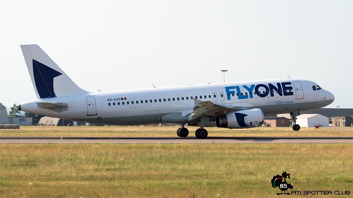 ER-AXO A320-231 357 FlyOne