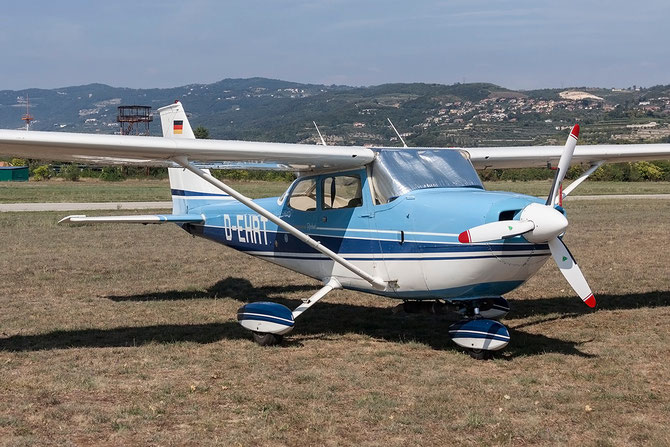 D-EHRT - Cessna 172 Skyhawk @ Aeroporto Verona Boscomantico © Piti Spotter Club Verona