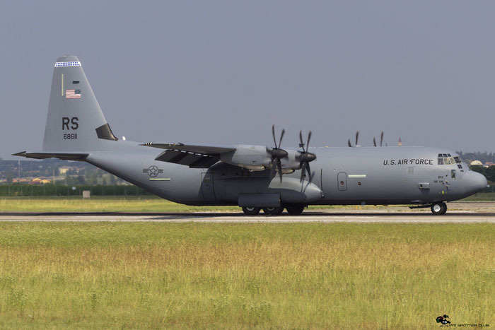 06-8611  RS  C-130J-30  382-5619  37th AS  © Piti Spotter Club Verona
