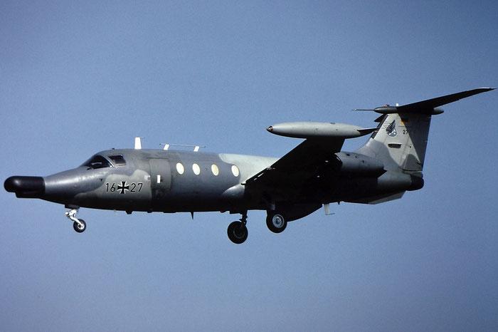 16+27   HFB320ECM  1064/S44   @ Aeroporto di Verona   © Piti Spotter Club Verona