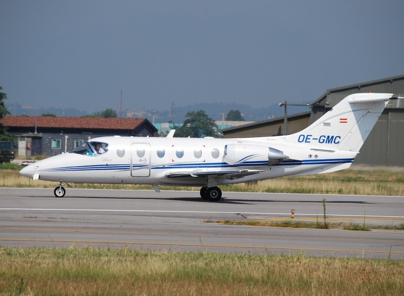 Untitled - Raytheon Beechjet 400A - OE-GMC
