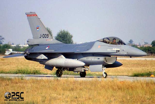 J-009   F-16AM  6D-165  312sq @ Aeroporto di Verona   © Piti Spotter Club Verona