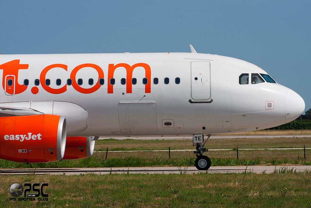 Airbus A320 - MSN 3913 - G-EZTE  Airline EasyJet