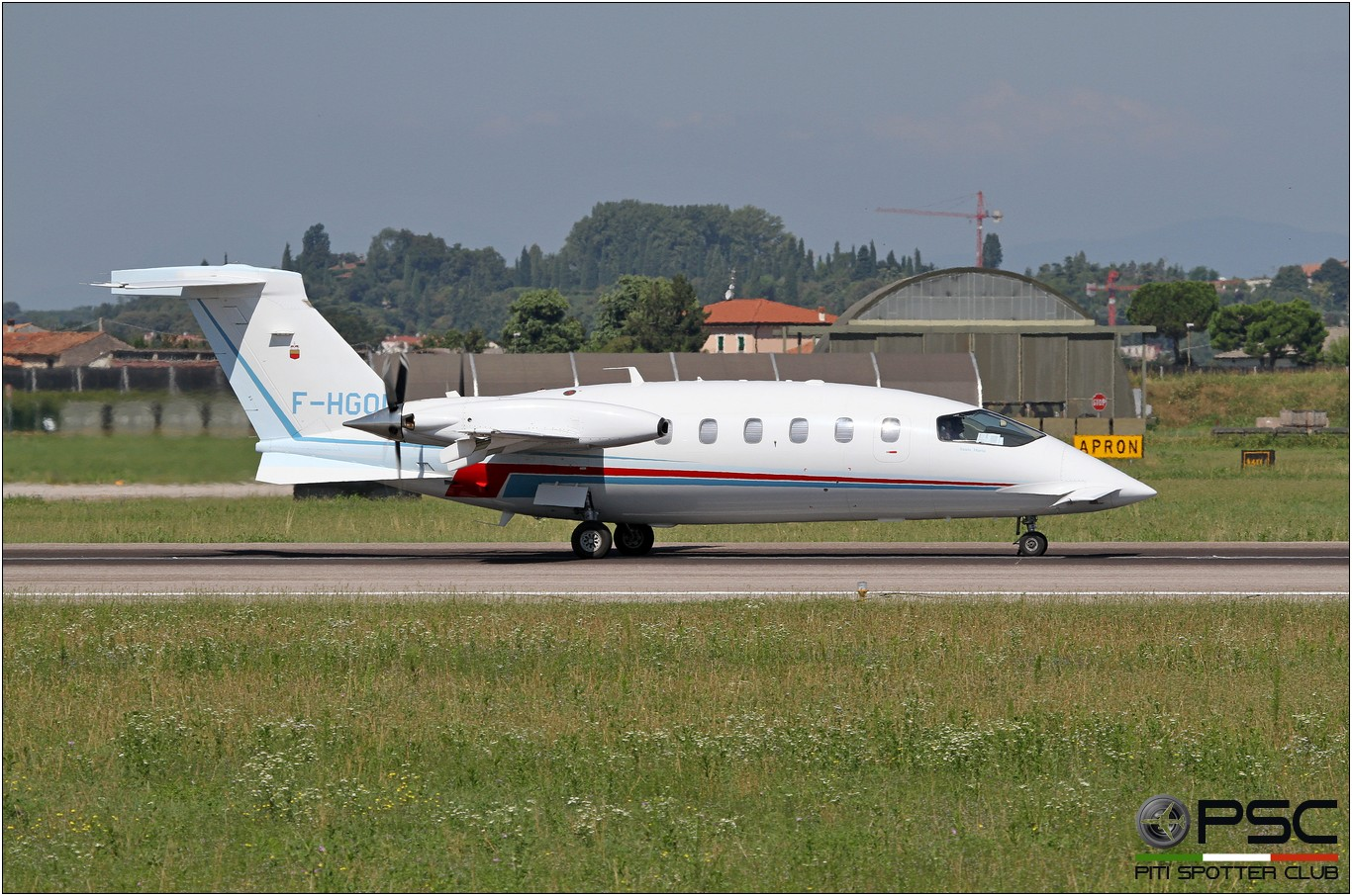 F-HGOD P180 1153 CM-CIC Lease SA @ Aeroporto di Verona - 13/08/2016 © Piti Spotter Club Verona