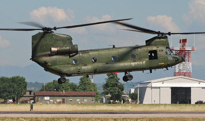 D-661   CH-47D  M3661/NL001  298sq © Piti Spotter Club Verona