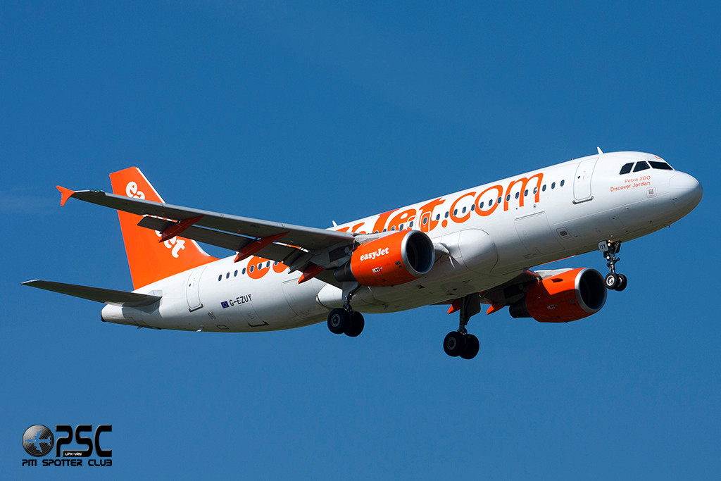 Airbus A320 - MSN 5146 - G-EZUY  Airline EasyJet