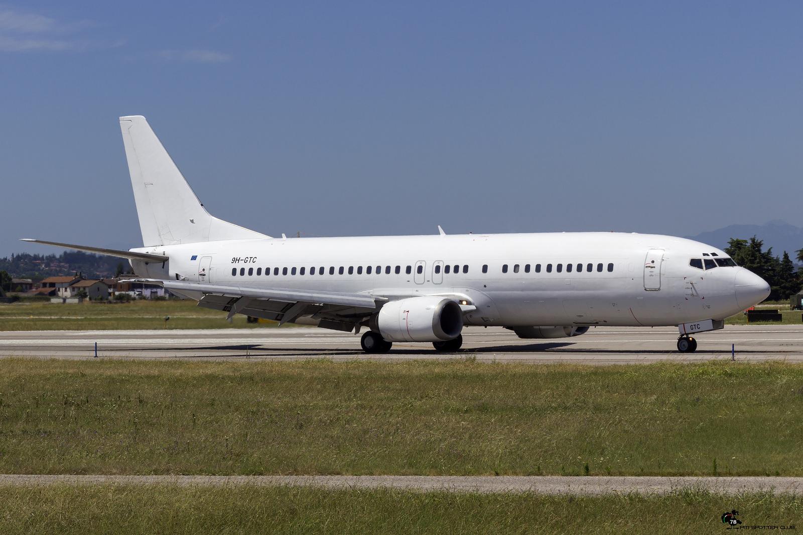 9H-GTC B737-430 27001/2316 Air Horizont
