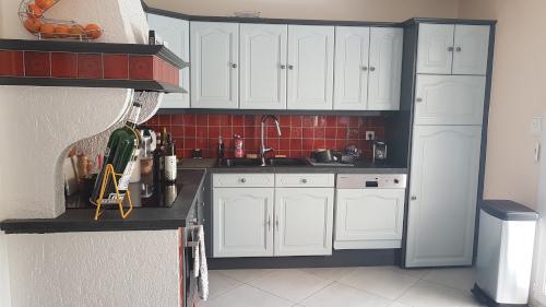 Peindre une cuisine avant/après