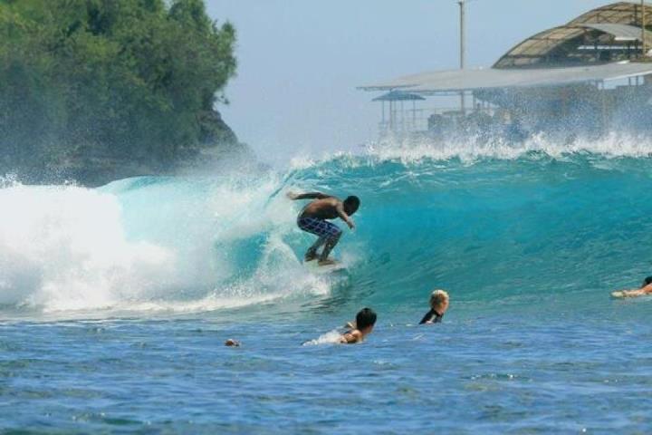 バリ島サーフガイド