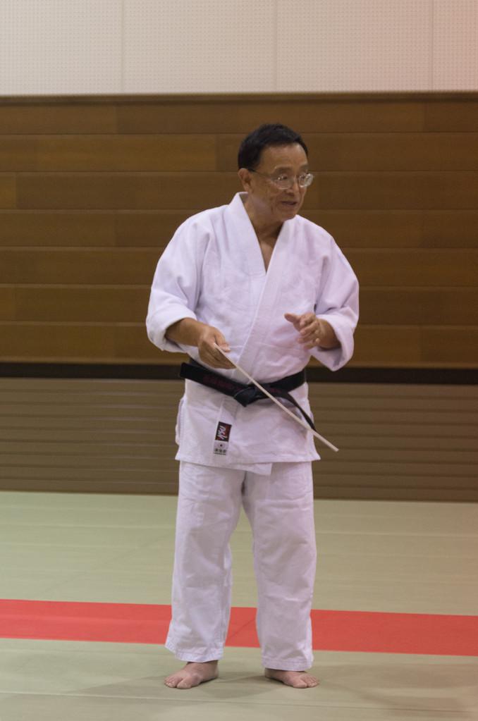 デンバーからの一行を率いる田中征治師範(米国合気道協会)です。早稲田大学合気道部の初代監督を務められました。