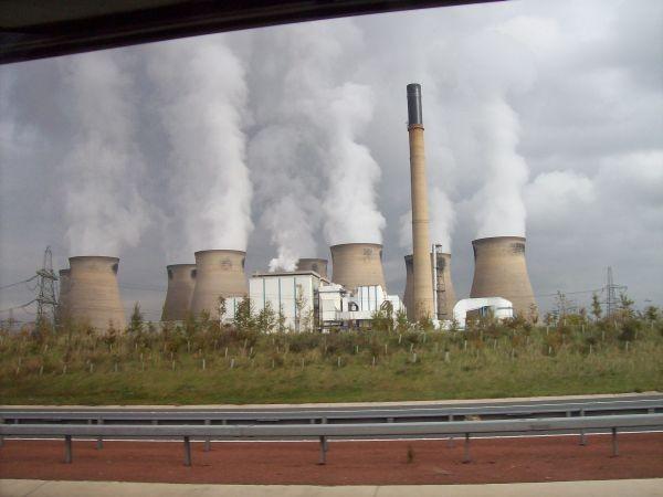 Kraftwerk bei Leeds