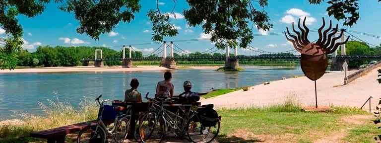 Détente sur les bords de Loire à Montjean sur Loire : restaurants, aires de pique-nique, itinéraire La Loire à Vélo, baignade...