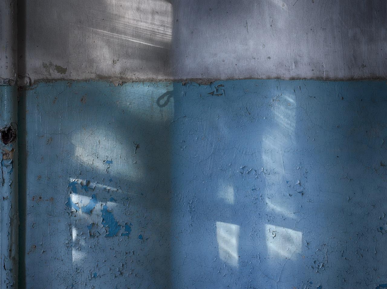 """Edition 33. Dresdner Graphikmarkt 2014: Michael Lange, o.T. Nr. 5/14 aus der Serie """"tagsüber auch schatten"""" Fotografie/Pigmentdruck auf Barytpapier"""