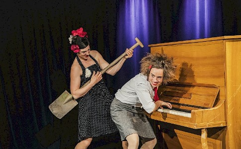 23. April (Freitag): Duo Luna-tic - Musikalisches Kabarett
