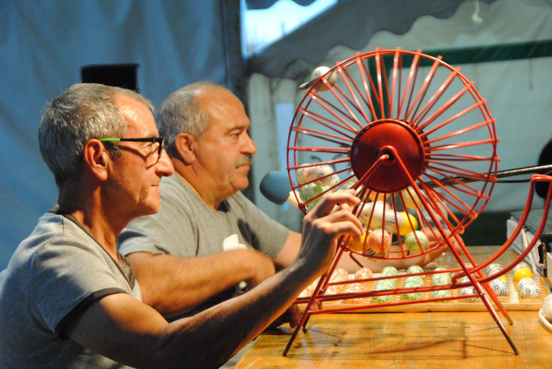 Nos animateurs concentrés... Francis et José