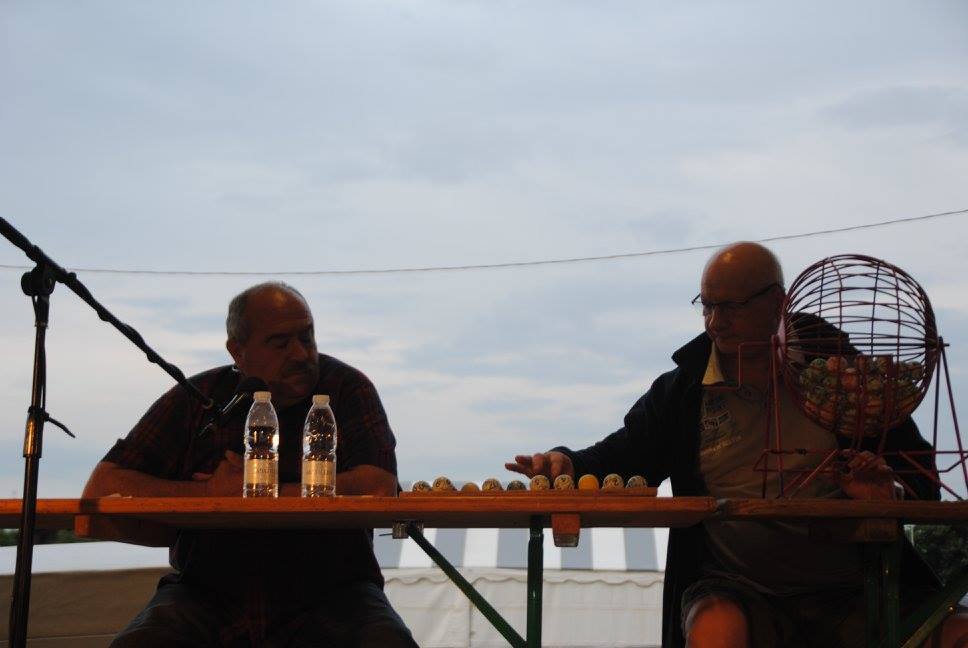 José et Didier animent le loto