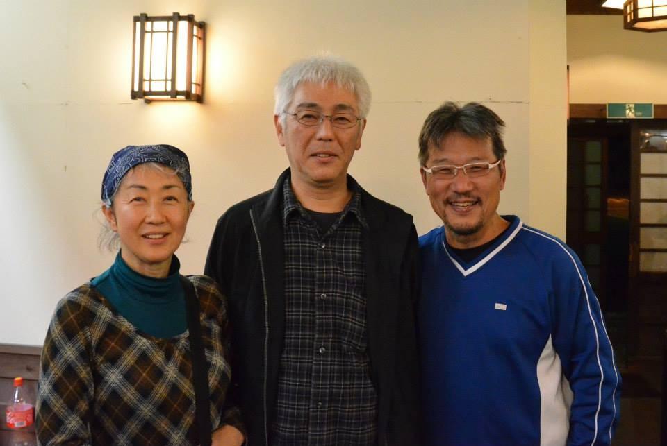 戸倉小学校の草野先生ご夫婦と記念撮影
