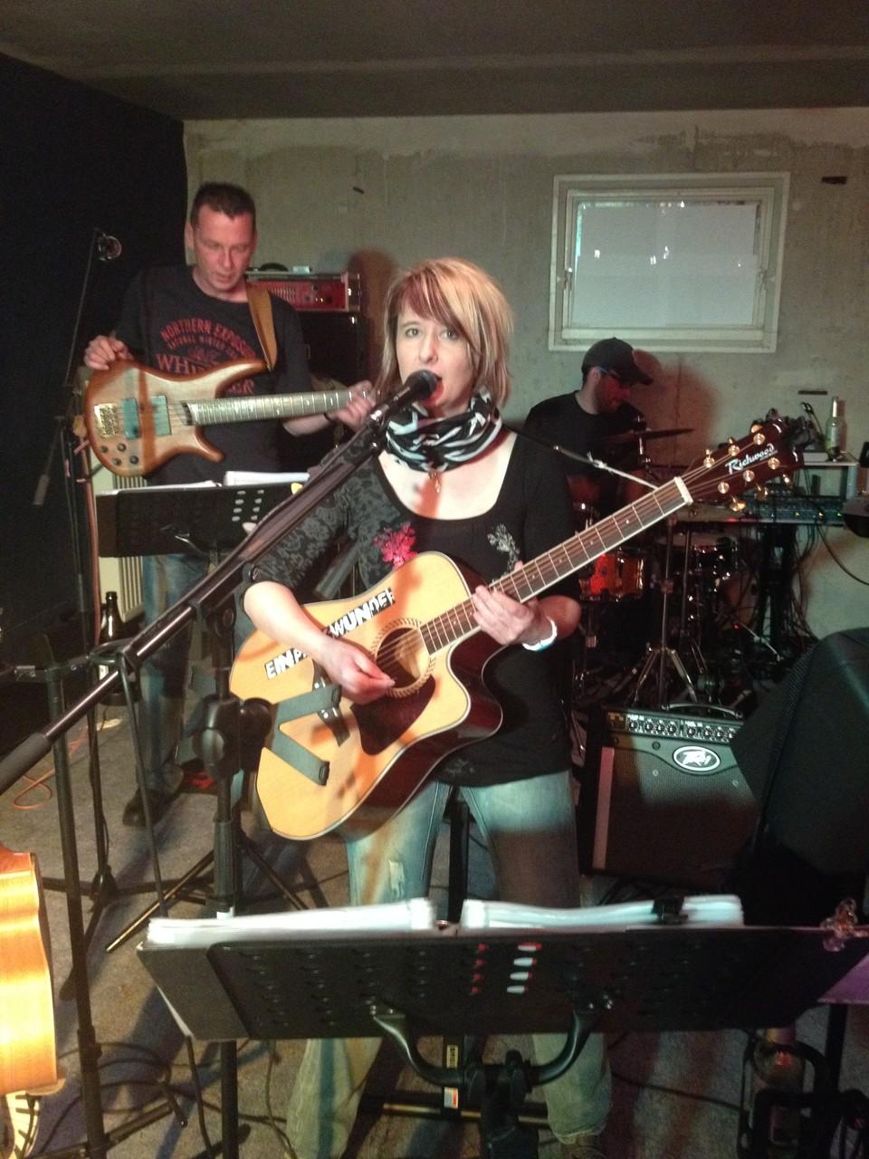 Natascha - Gitarre und Gesang
