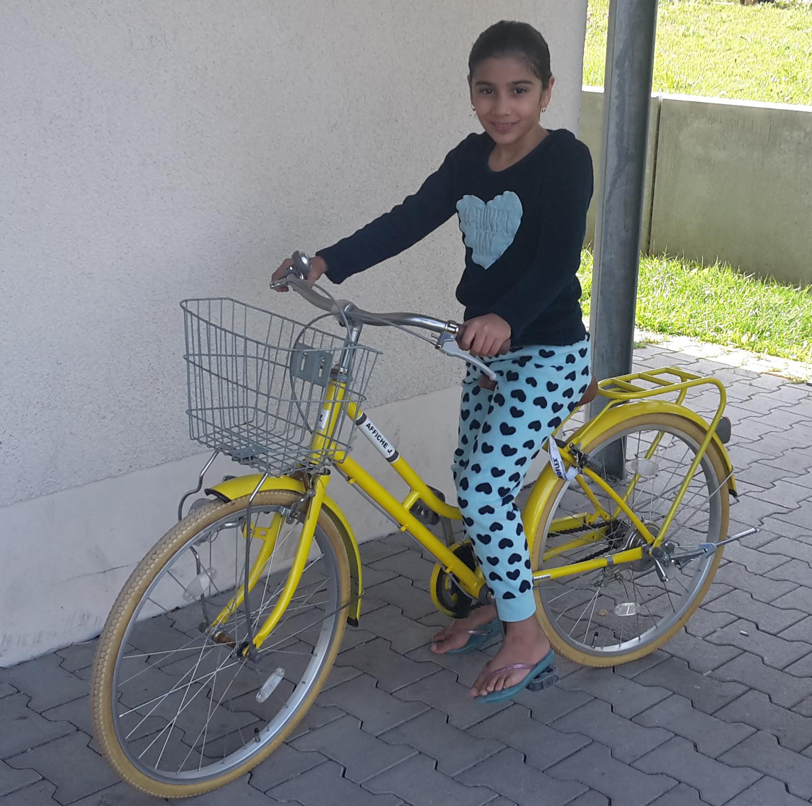 So kann man Freude machen! Eine Bosch-Mitarbeiterin hat ein Fahrrad gespendet.
