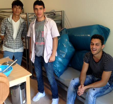 29.07.16. Angekommen. Drei Freunde aus Afghanistan