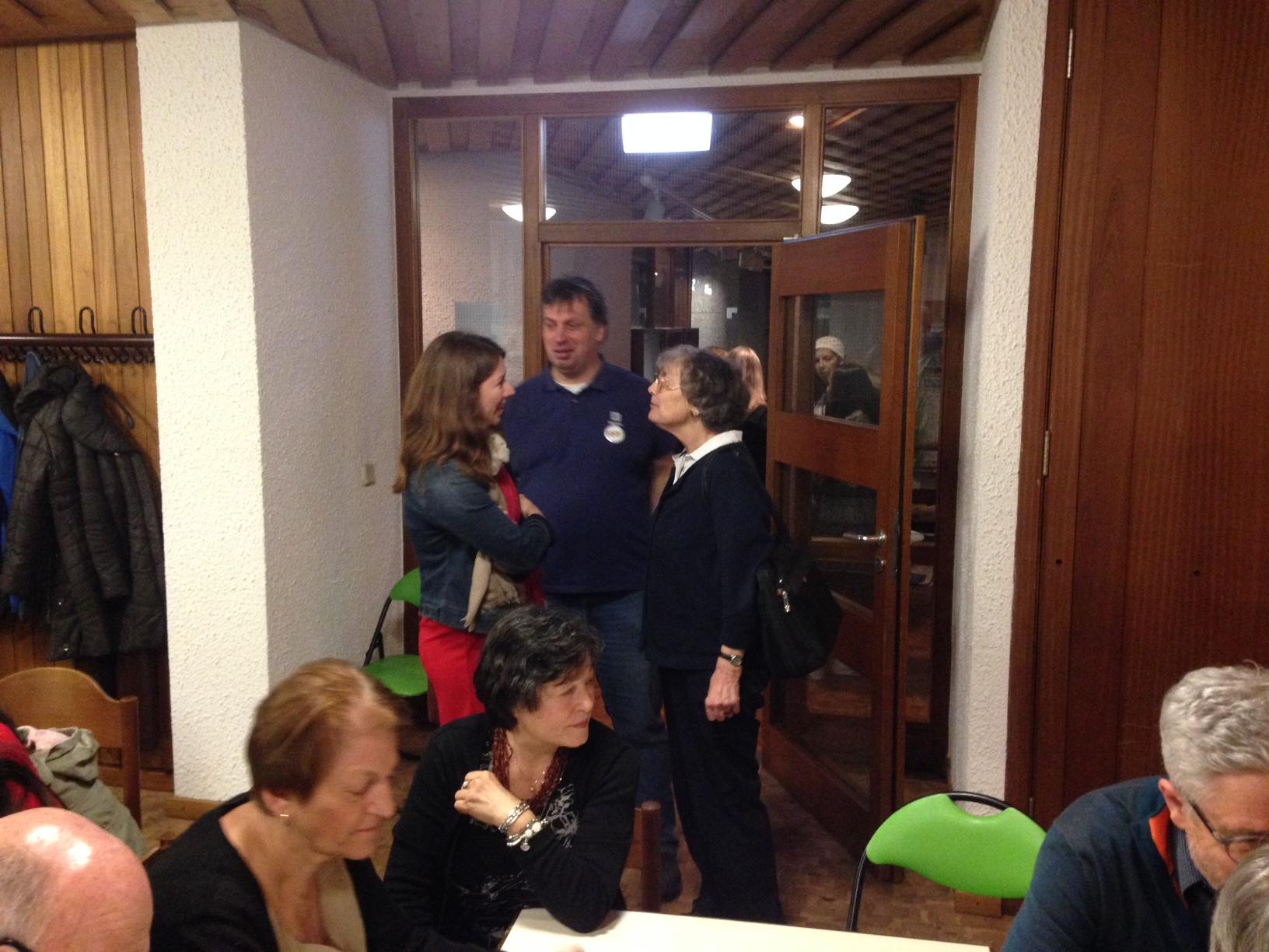 MdB Anna Christmann im Gespräch mit Gertrud und Wolf-Dieter Dorn