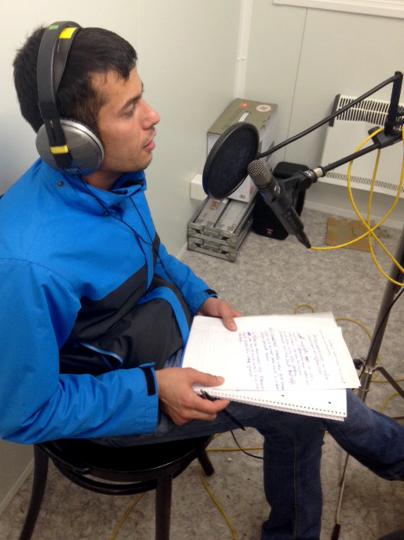 11.11.16. Habib gibt sein Radiodebut.