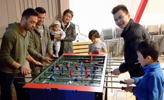 15.03.17 Tischfußball ist klasse, aber Gelegenheit zum Sprechen mit Einheimischen wäre erstklassig.