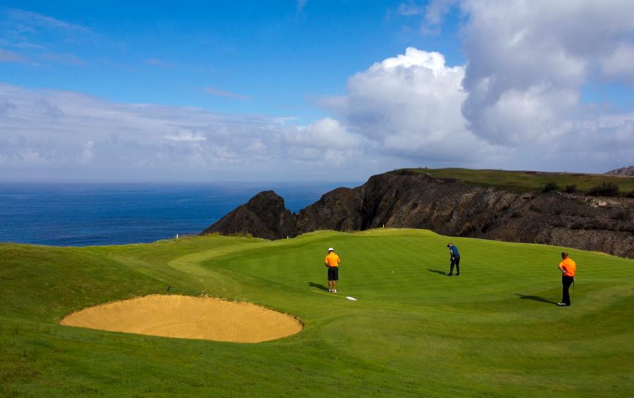 Šio 27 duobučių golfo aikštyno Porto Santo saloje dizaineris – pasaulio čempionas portugalas Severiano Ballesteros