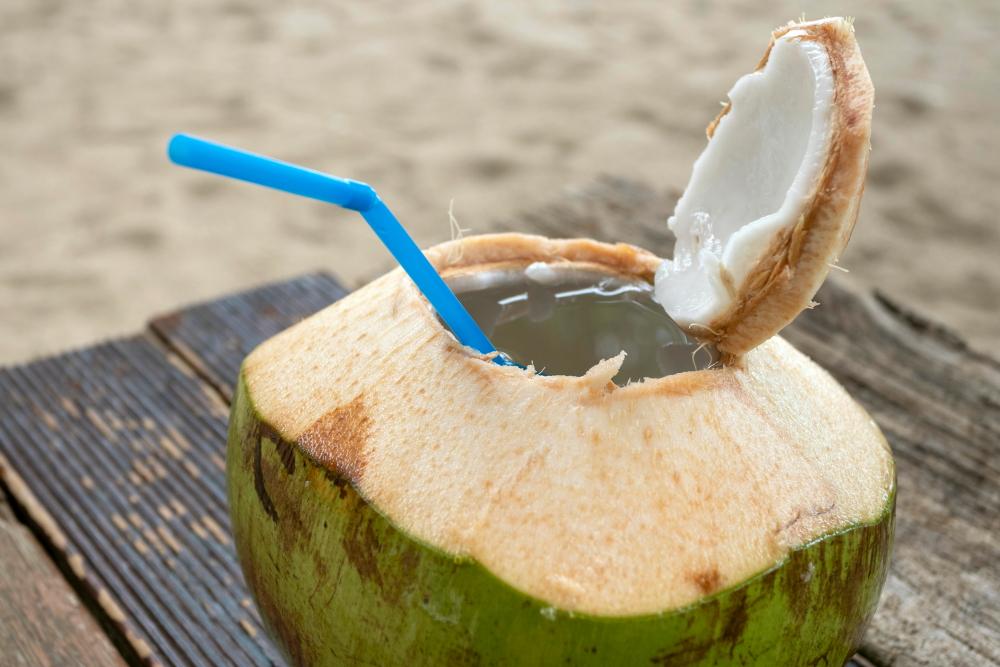 Kokosas iš Bananų paplūdimio kioskelio Pukete Tailande