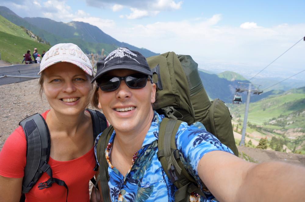 Kalnus iš Almatos lengva pasiekti keltuvu