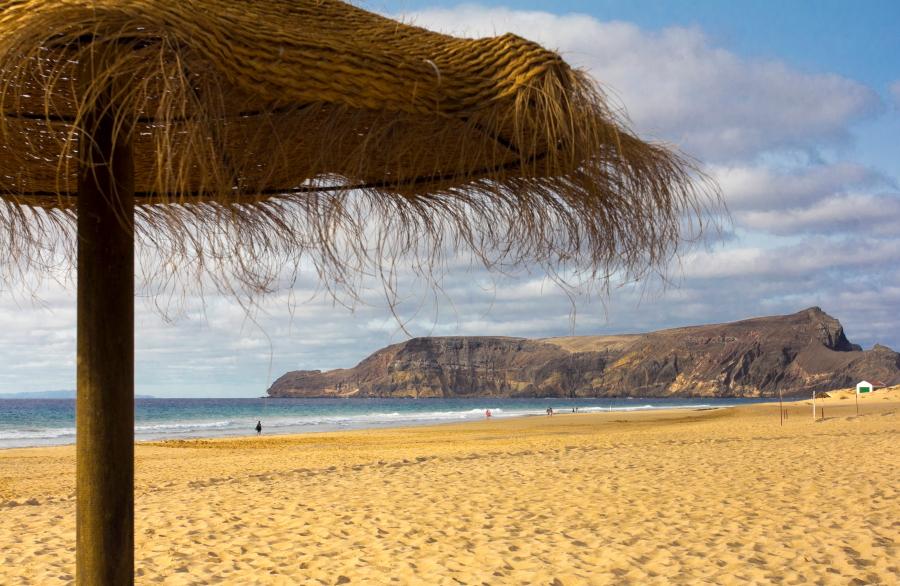 """Paplūdimys prie """"Vila Baleira SPA"""" viešbučio Porto Santo saloje"""