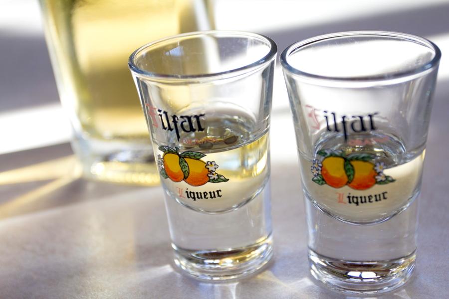 Pasak Demos, Filfar citrusų likeris primena Kiprą pavasarį